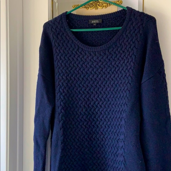 NWOT Aritzia Babaton cable knit merino sweater